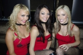 booth-babes-1030