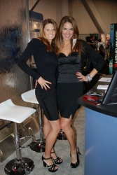 ces-2012-booth-babes-day1-21