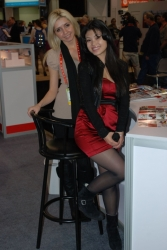 ces-2012-booth-babes-day1-24