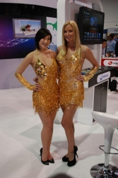 ces-2012-booth-babes-day1-25