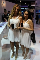 ces-booth-babes-2013-day1-010