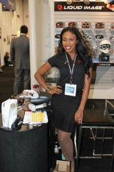 ces-booth-babes-2013-day1-011