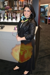 CES2015-boothbabes-gallery2-037