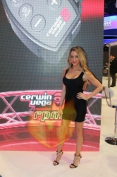 CES2015-boothbabes-gallery2-045
