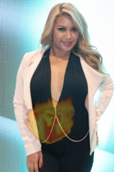 CES2015-boothbabes-gallery2-053