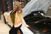 CES2015-boothbabes-gallery2-055