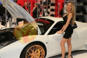 CES2015-boothbabes-gallery2-060