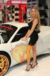 CES2015-boothbabes-gallery2-061