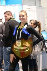 ces-booth-babe-day1-009